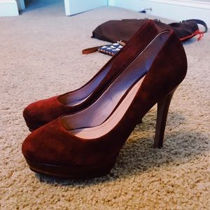 22e20d7392aa suede burgundy vince camuto heels